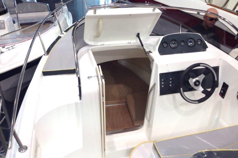 passaggio laterale Marinello 19 sport cabin