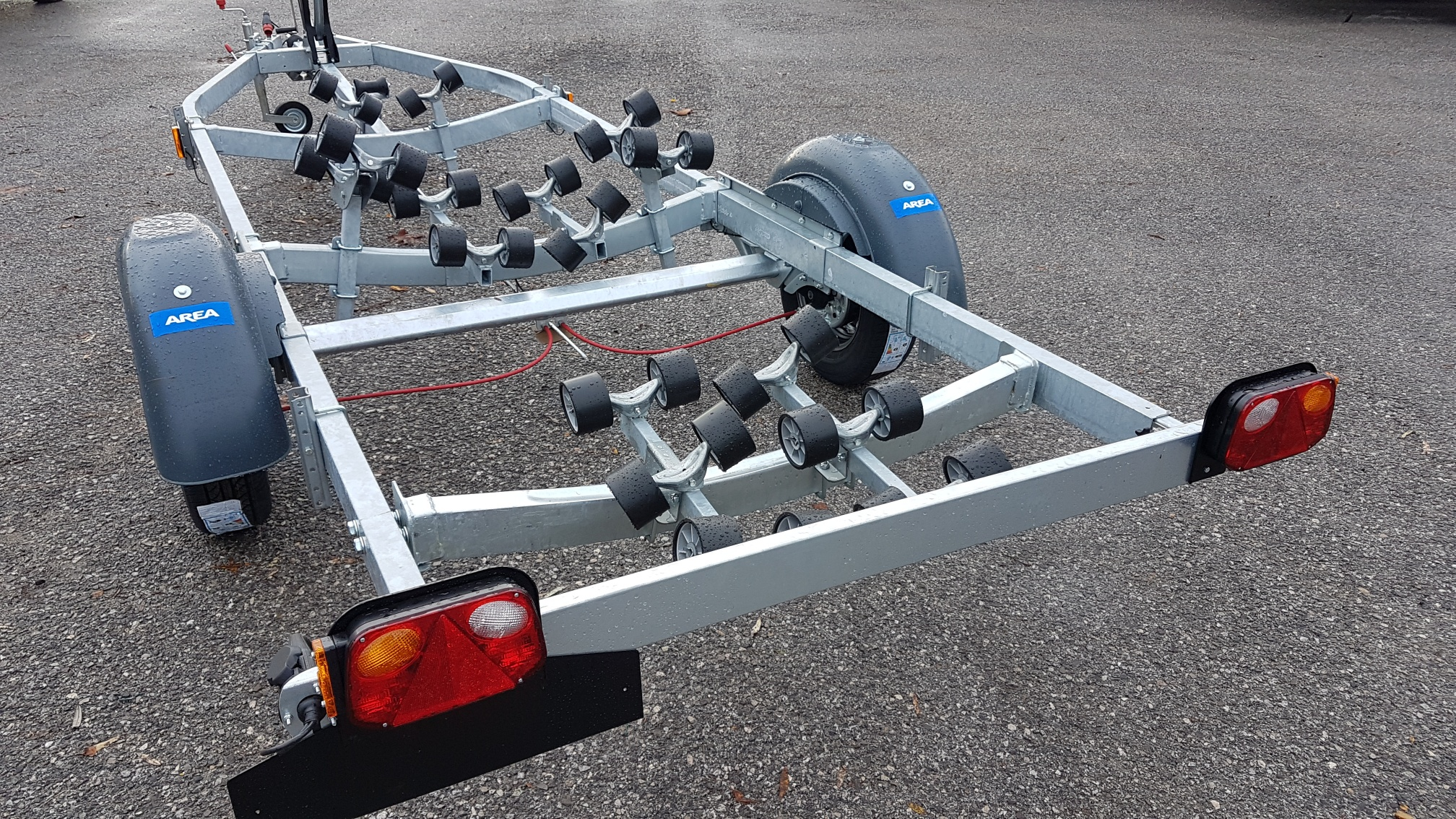 carrello rimorchio trasporto barche nuovo satellite area veneto venezia companymarine