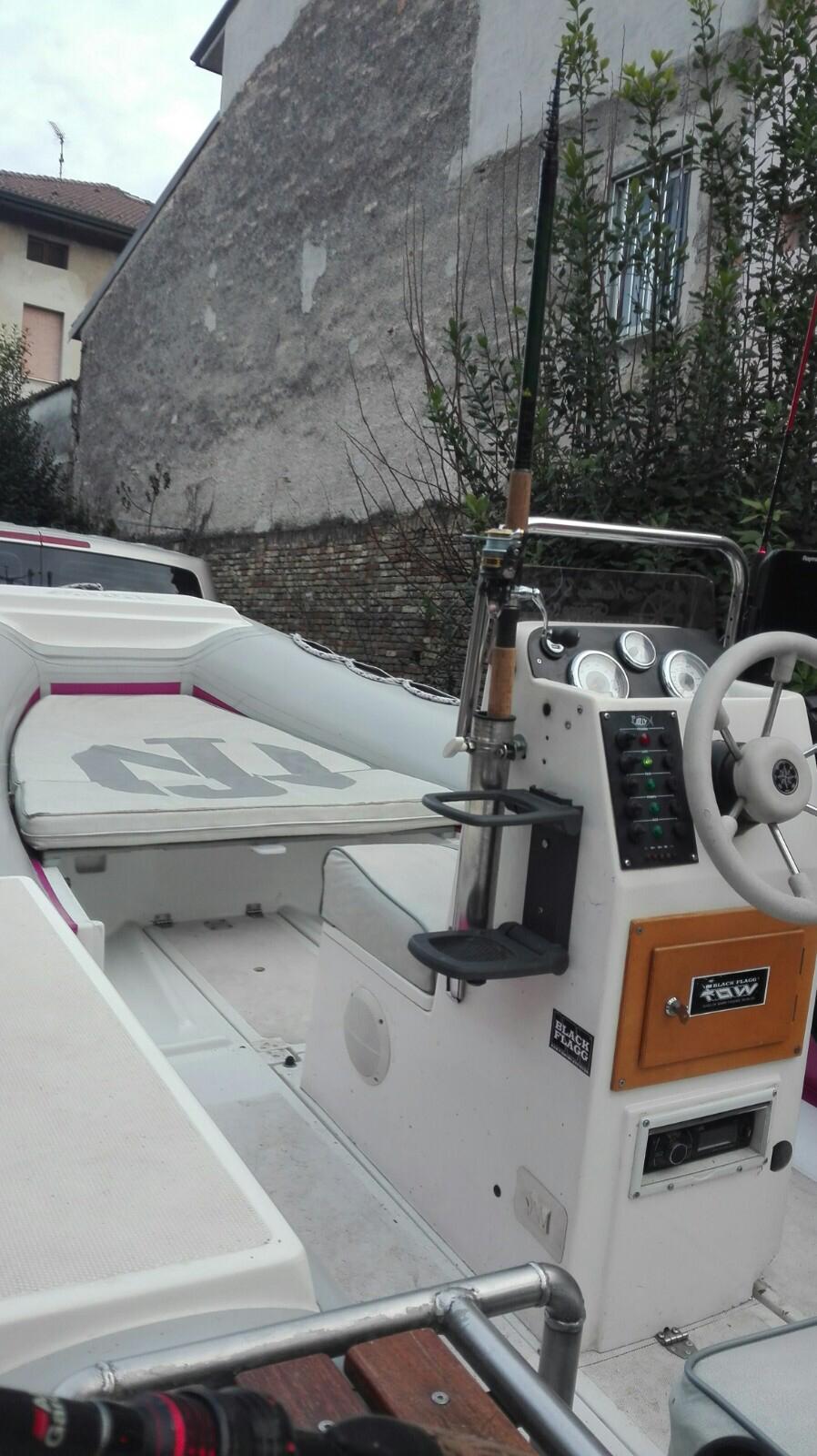 Foto Gommone Nuova Jolly 5 metri con carrello stradale - 4