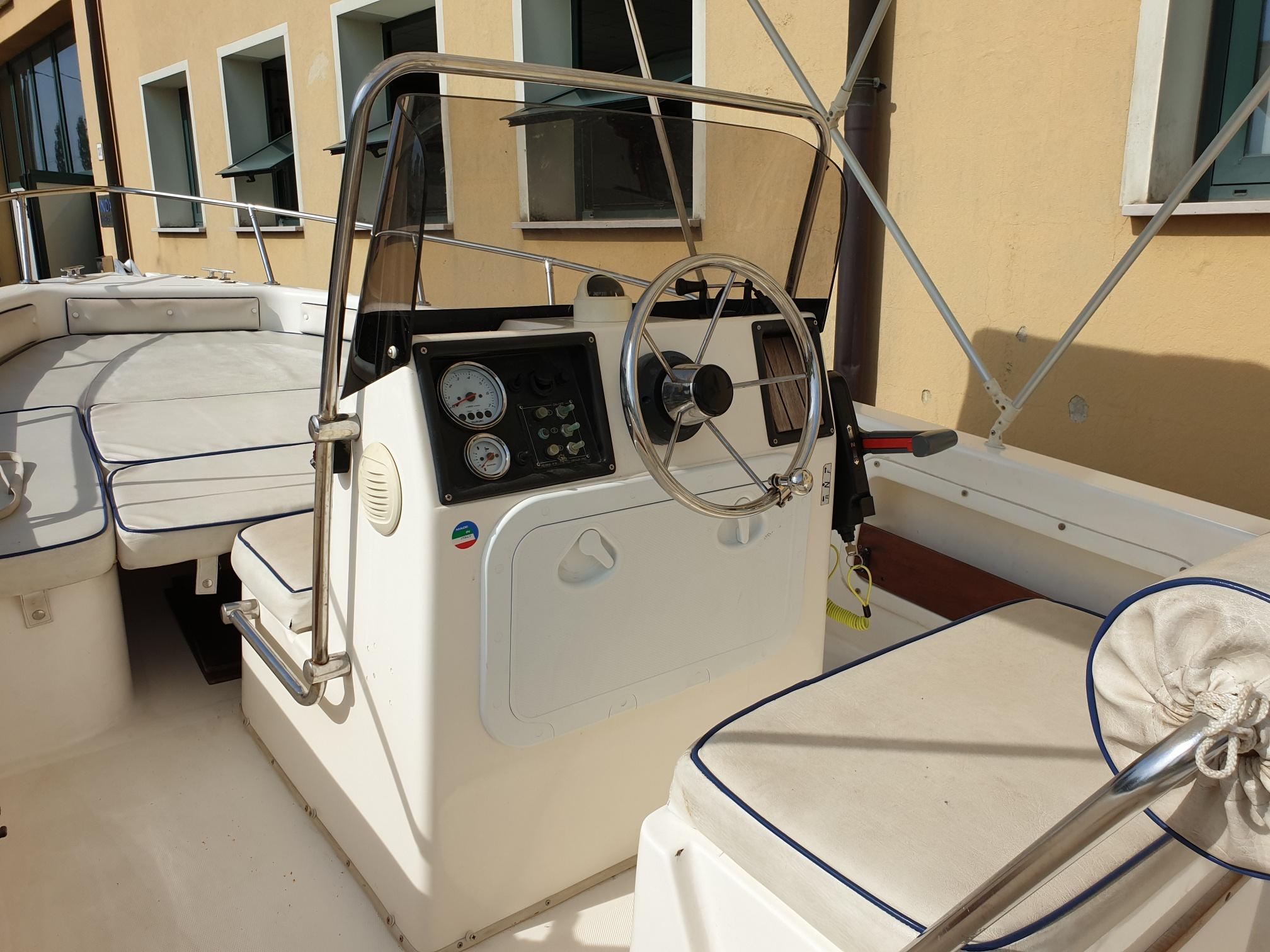 Foto Barca usata Open Selva 5.5 + Suzuki F 40 Iniezione - 9