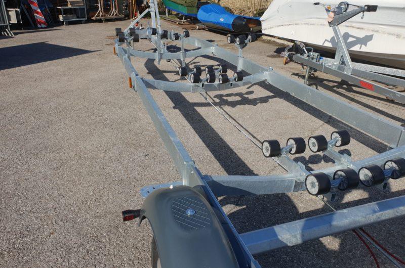rimorchio per trasporto gommone 3500 kg