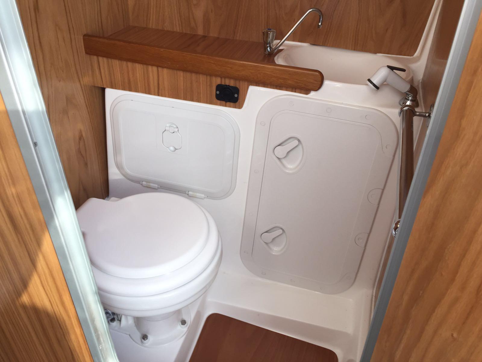 wc marino elettrico marinello 26 cabin