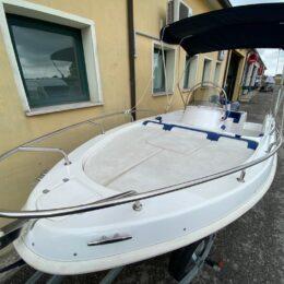 prendisole barca open usata