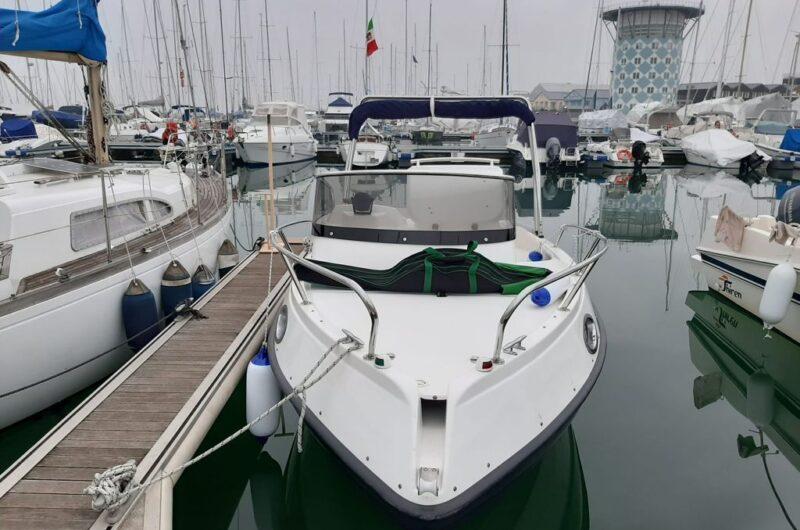 Foto Marinello 19 Sport Cabin Usato + Yamaha F40 GETL Supreme Senza Patente - 5